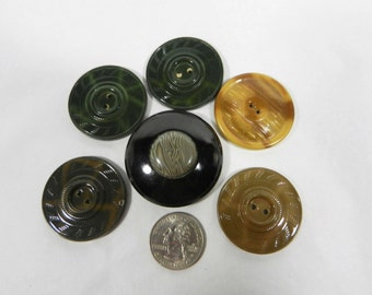 5 Tight Top and 1 Dome Top Celluloid and Metal Buttons