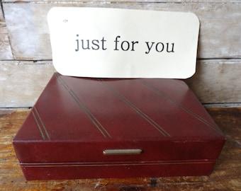 Vintage Mens Burgundy  Acushnet Leather Golf Gift Box