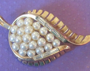 Vintage Faux Pearl And Rhinestone Gold Tone Leaf Brooch PAT. PEND.Crown Trifari Brooch