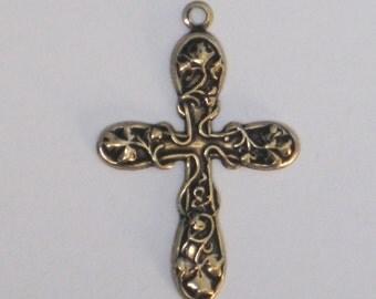 "Trinity Brass ""Medium Floral Cross""  37 (41 w/ loop) x 22mm  Antiqued Gold Patina (Qty 2)    115-10-AG"