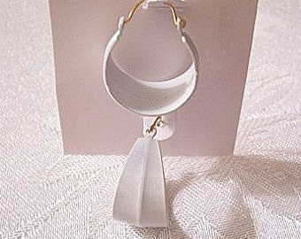 Center Seam White Hoops Pierced Wire Earrings Vintage Round Wide Bottom Dangles