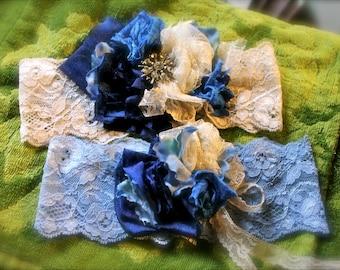 Garter set,  garter and tosser, custom wedding garter,  vintage garter, reception, bride, bridal, wedding set, brides gift idea, cupcake