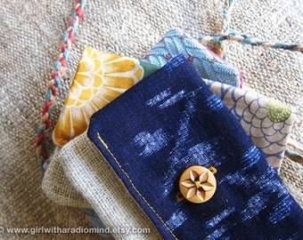 Ikat Hemp Purse in Ethnic Japanese Folk Navy Blue - Indigo Batik