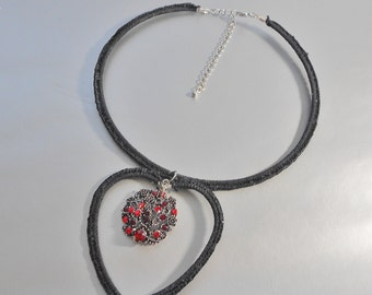 Black and Red Choker-Crochet Necklace-Crochet Black and Red Necklace-Choker With Pendant-Crochet Jewelry