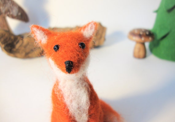 Needle Felted Fox  - miniature red animal