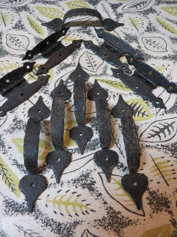 Six (6) Hammered Black Iron Handles / Pulls plus Four (4) Hinges: Vintage Cabinet or Drawer Hardware