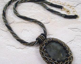 Green Black Gold Necklace - Beadwoven Labradorite Stone