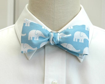 Men's Bow Tie, Pale Blue with white elephants, Groom bow tie, Groomsmen gift, Zoo wedding bow tie, Elephant bow tie, Animal lover tie,