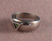 Sterling Silver Band Ring with Green CZ- sz 7