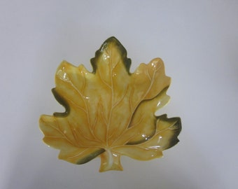vintage hand paintedleaf bowl