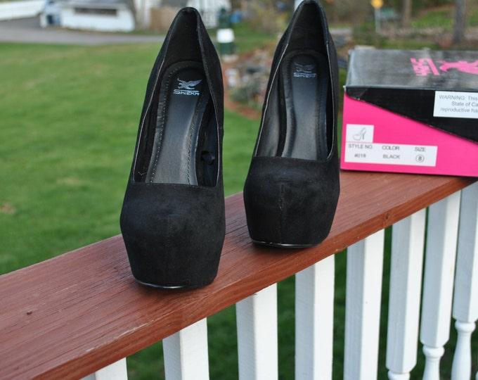 Size 8 Black Velvet High Heels await a CUSTOM PROJECT.for sale