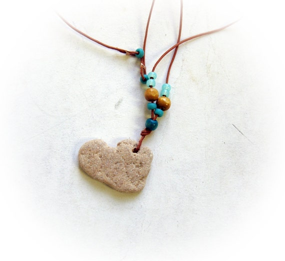 heart stone Necklace Jewelry - natural heart shaped beach stone