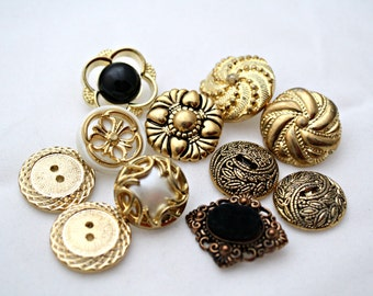 Assortment of 11 Novelty Buttons Fancy Gold Plastic Metal