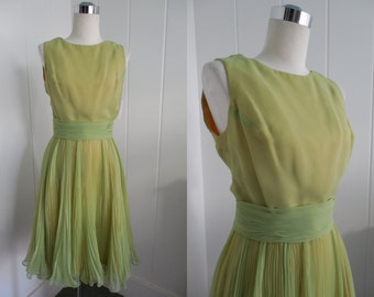 1960s Vintage Green Pleated Cocktail Dress by Bains VLV