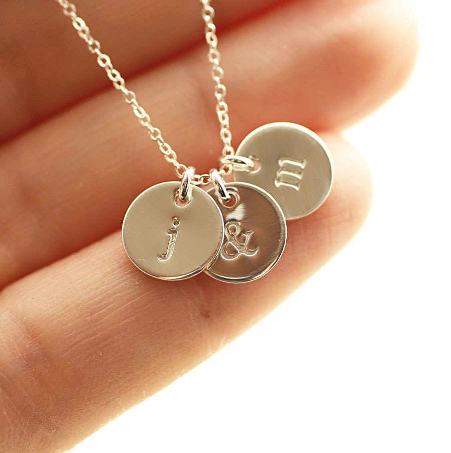 sterling silver initial disc necklace personalized jewelry. Black Bedroom Furniture Sets. Home Design Ideas