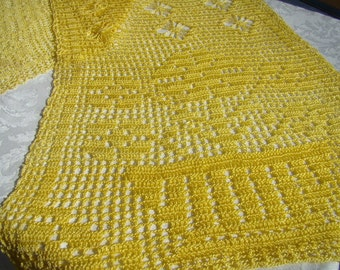 Shimmering yellow crochet table runner with diamonds and flowers
