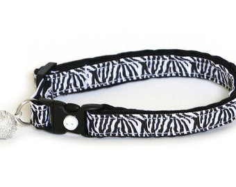 Animal Print Cat Collar - White Tiger - Small Cat / Kitten size or Large Cat Collar
