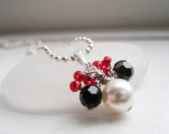 DISNEY - Minnie Mouse Themed Swarovski Pearl and Sterling Silver Pendant Necklace - NEW Design