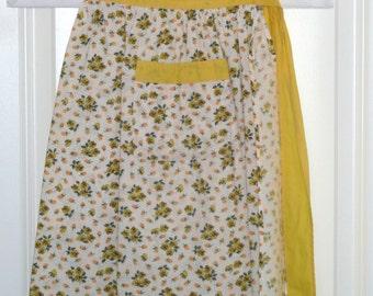 Sunny yellow vintage hostess apron