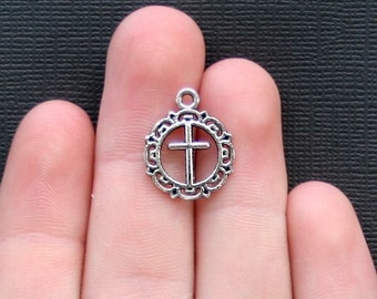 10 Cross Charms Antique  Silver Tone - SC2215