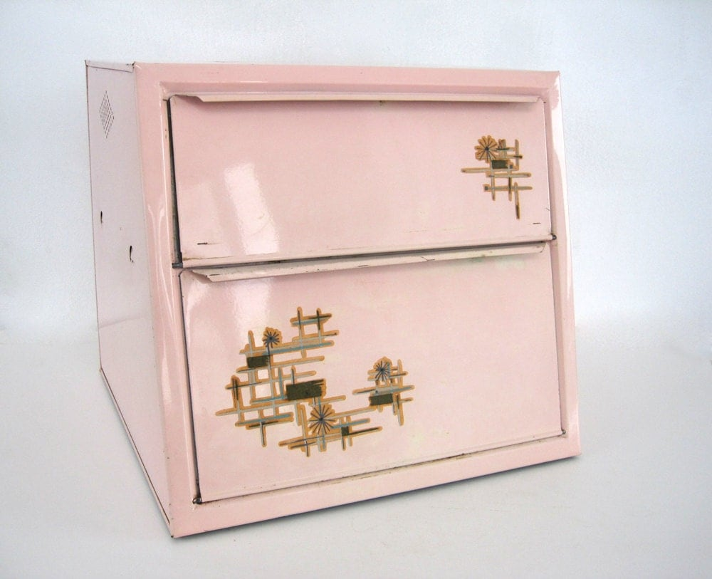Vintage Metal Bread Box Tin Atomic Pink by BrooklynStVintage