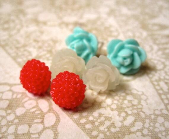 Flower Stud Earrings - Set - Small Post Earrings - Aqua - Cherry - Cream