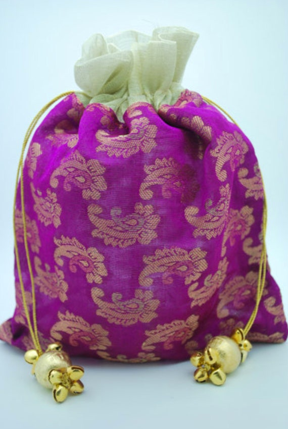 Wedding Gift Bags India : ... Gold Medallion Brocade Silk Favor Bags Gift Wedding Bag Pouch Jewelry