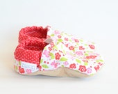 May Day Bison Booties flower floral spring Size 12 to 18 Months Ready to Ship