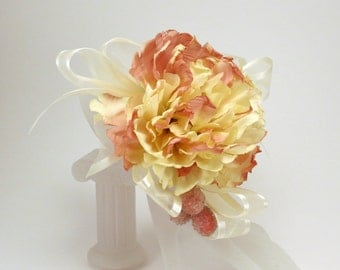 Corsage Peony Cream and Pink with Sparkly Berries