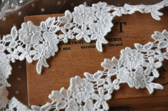 Cotton Venice Lace Trim Lovely Milk White Flowers Lace 1.77 Inches Wide 2 yards