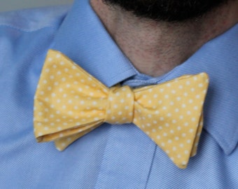 Men's Bow Tie in Yellow Dots - Custom fit self tying - freestyle bow tie