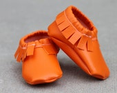 Lil' Papoose Moccasins: Baby Moccasins Pattern, Soft Soled Shoes Pattern