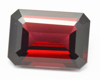 14 by 10mm 8.35ct RHODLITE GARNET