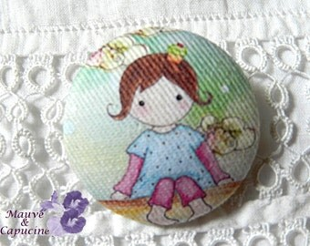 Fabric button, printed Matilda doll