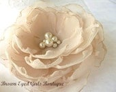 Champagne Bridal Hair Flower, Champagne Bridal Fascinator, Champagne Rustic Wedding Hair Clip