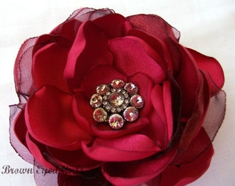 Red Bridal Flower Hair clip, Red Wedding Hair Accessory, Red Fascinator, Red Bridal Head Piece