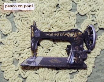 Brooch Sewing Machine