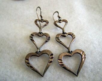 "Vintage 80's ""SILVER OPEN HEART"" Dangles /  Earrings / Drops with Fish Hooks & Diamond Cut Slashes"