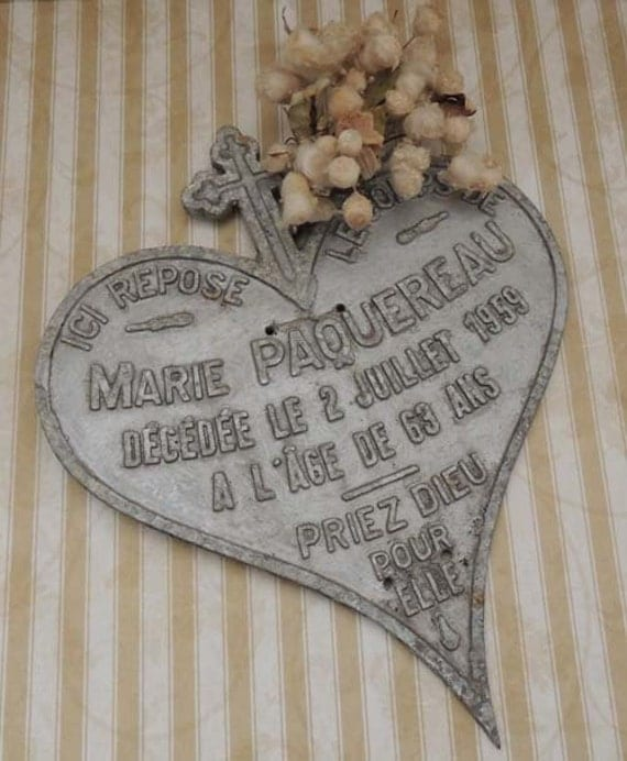 Vintage FRENCH Metal Heart Zinc Cast Metal Plaque for Memorial