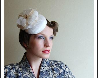 Cocktail hat Peace Poppy white kimono silk hat