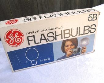 Vintage GE Photo Flashbulbs, 1960's, Photography, Original Box, set of 12