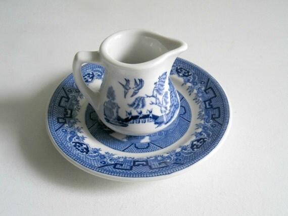 Vintage Blue Willow China Creamer Syrup Pitcher - Restaurant Ware China - Blue and White China - Shenango China