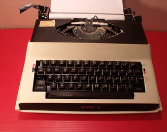 Sale Vintage Electric typewriter  Royal  Apollo 10  Portable Electric  Typewriter Working. made in Japan.