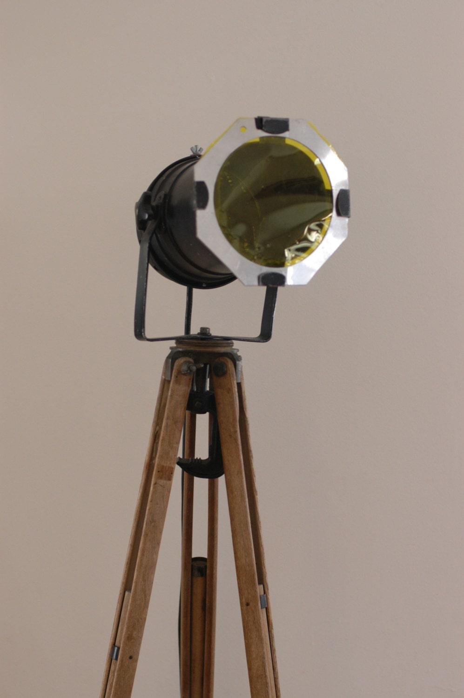 vintage wood surveyor 39 s tripod industrial floor lamp. Black Bedroom Furniture Sets. Home Design Ideas