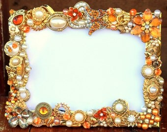 Vintage wedding brooch jewelry photo frame