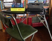 Underwood RESERVED Universal portable typewriter with built in stand