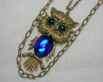 Owl Necklace, Large Jelly Belly, Jointed Articulated. Blue, 1970s. Halloween