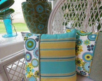 Moroccan Kaleidoscope Design Pillow - Decorative Pillow - Reversible 15 x 15 Inch - Teal, Turqoise, Gold and Mustard