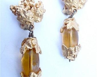 Vintage Leaf Gold Earrings Vintage Cluster Earrings Vtg Gold Leaf Earrings Faux Amber Earrings Gold Textured Earrings Gold Dangling Earrings