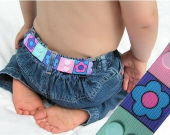 "Toddler Belt - Elastic Snap Belt - ""Flower Band"""